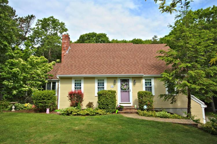 15 Curtis Drive, Plymouth, MA 02360