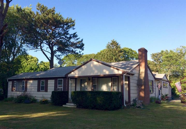 36 Piney Point Drive, Barnstable, MA 02632