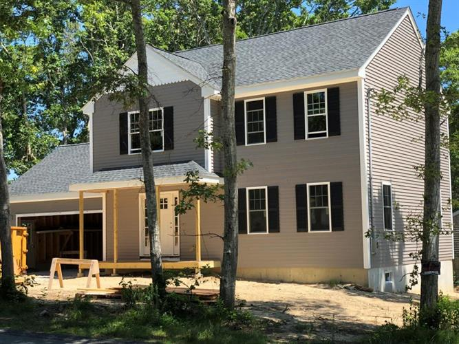 14 Fox Run Road, Bourne, MA 02562
