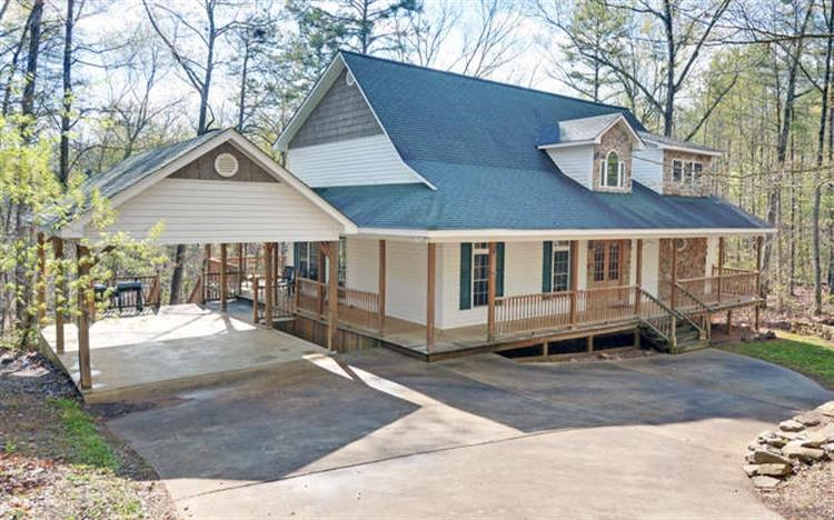161 Johns Choice Rd, Hartwell, GA 30643