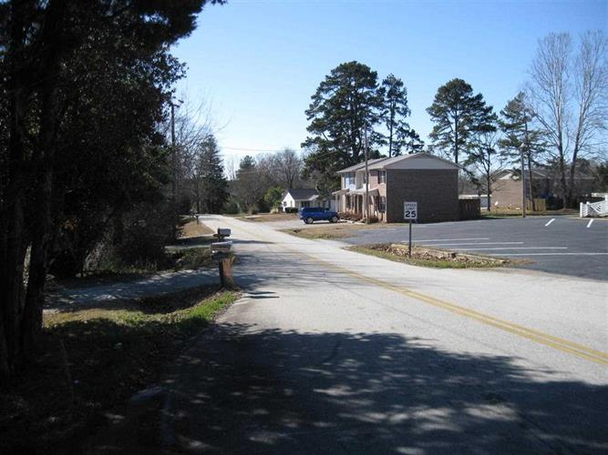 864 Whitworth Circle, Seneca, SC 29678 - Image 2