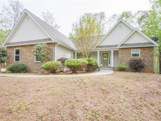 183 Bay Drive, Fair Play, SC 29643 - Image 1