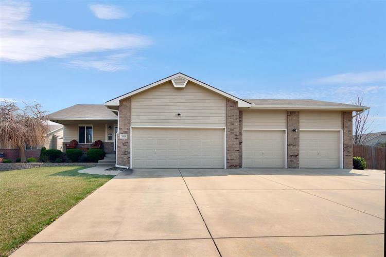 3113 E Kite Cir, Wichita, KS 67219