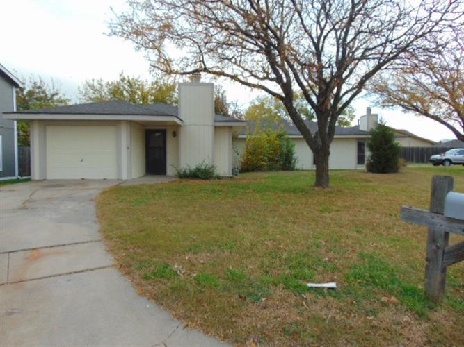 2342 & 2344 S White Oak Drive, Wichita, KS 67207 - Image 1