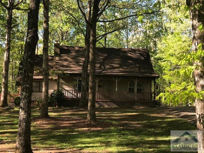 140 Deerwood Court, Bogart, GA 30622