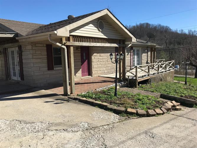 319 McHargue Branch Rd, Mount Vernon, KY 40456