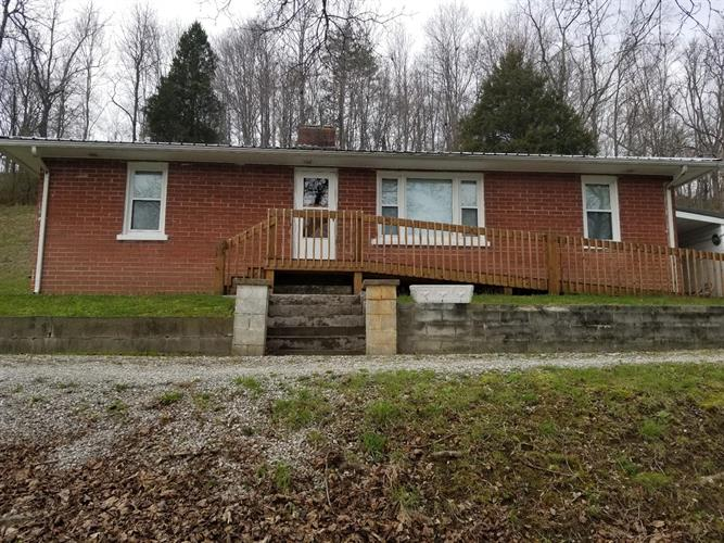 5558 Highway 3630, Annville, KY 40402