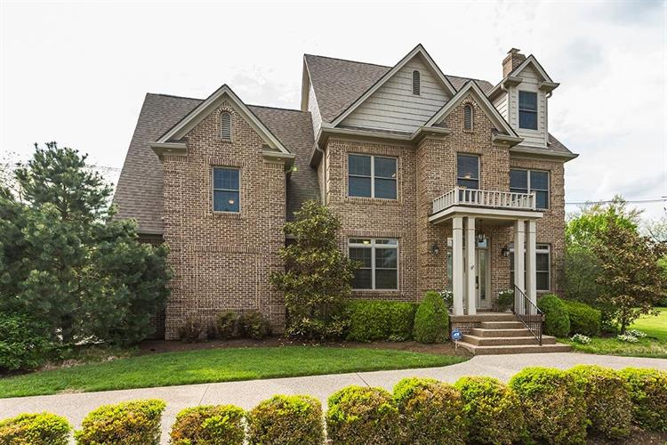 4153 John Alden Lane, Lexington, KY 40504