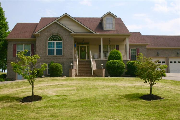 320 Logan Creek Drive, Stanford, KY 40484
