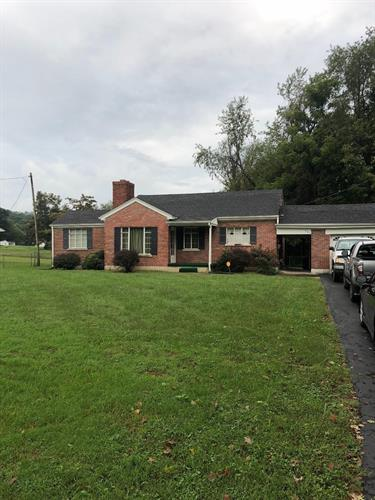 727 Scaffold Cane Road, Berea, KY 40403