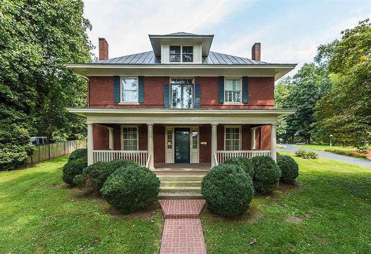 325 W Main Street, Mt Sterling, KY 40353 - Image 1