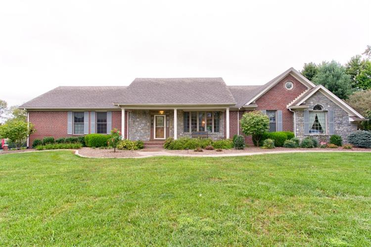 143 Plantation Dr, Shelbyville, KY 40065