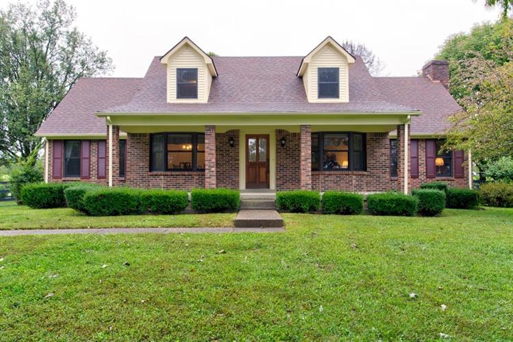 1218 Locust Grove Road, Shelbyville, KY 40065