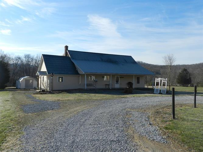 4095 Hamilton Valley Rd, Crab Orchard, KY 40419 - Image 1