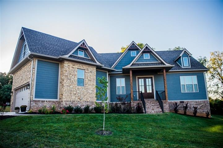 114 Wilderness Trace Ct., Bowling Green, KY 42103