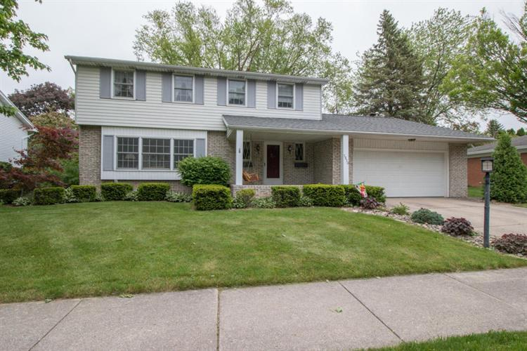 3830 New Salem, Okemos, MI 48864