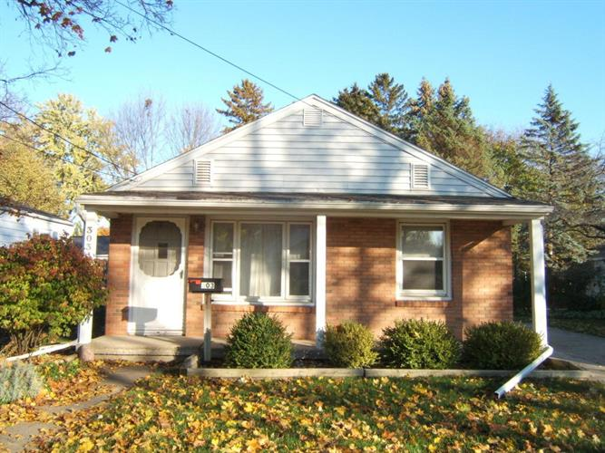 303 S Traver Street, Saint Johns, MI 48879