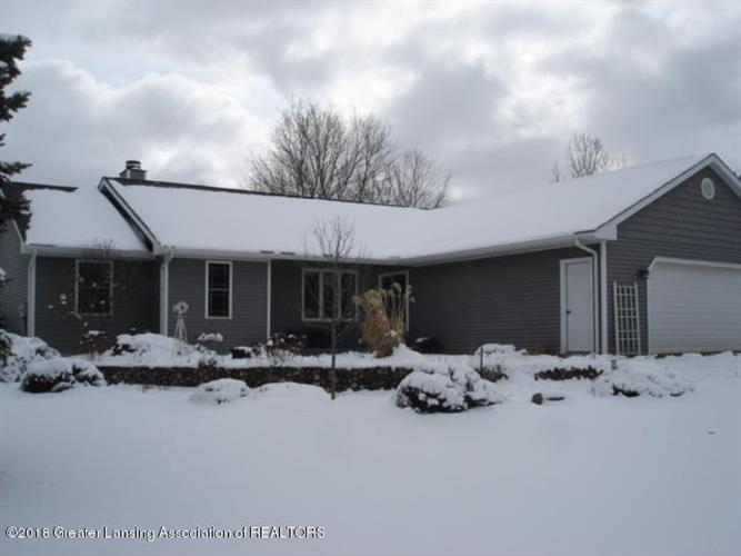 1939 W Taft Road, Saint Johns, MI 48879