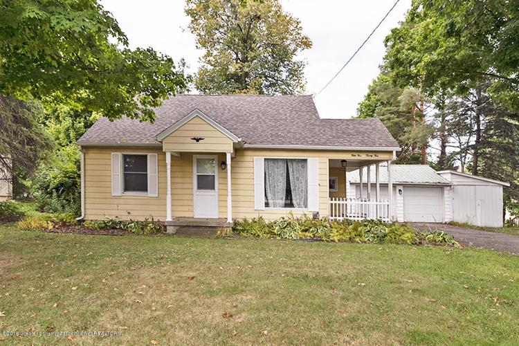 5524 W Willow Highway, Lansing, MI 48917