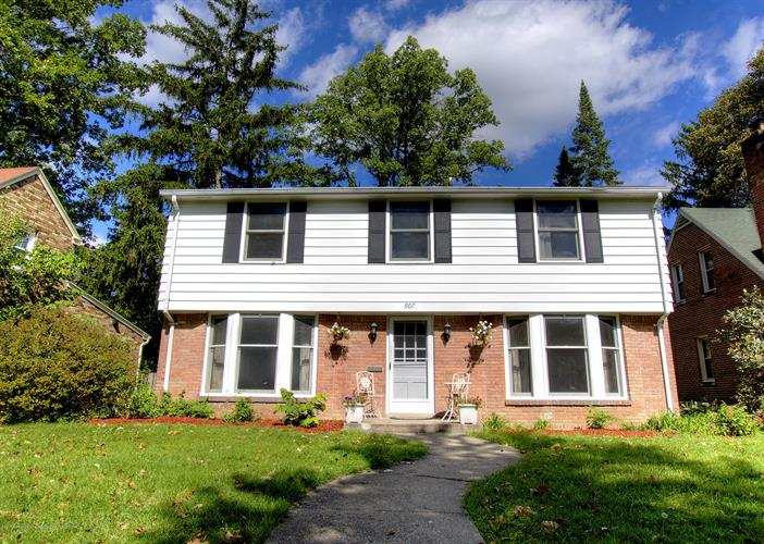 907 Collingwood Drive, East Lansing, MI 48823