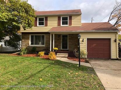 2207 Fairfax Road, Lansing, MI