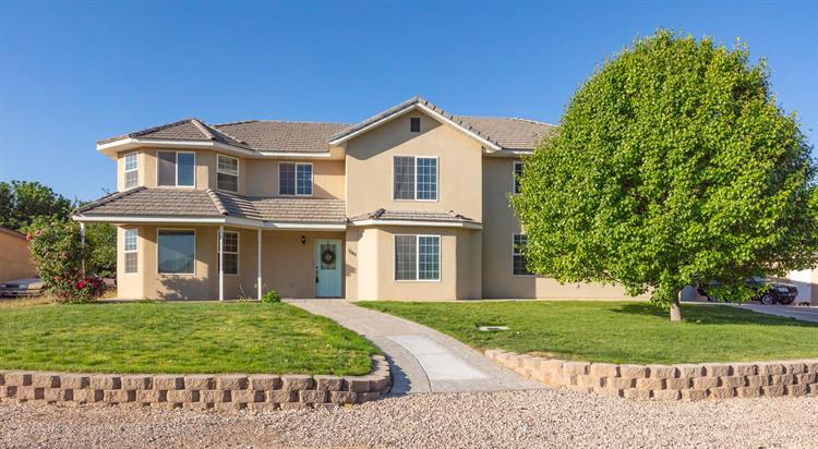 1240 E Oak, St George, UT 84790