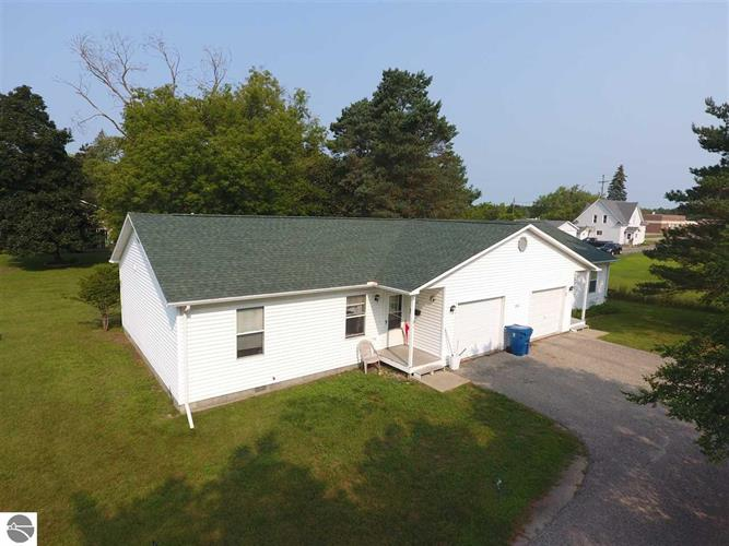 260 N Burgess Street, West Branch, MI 48661