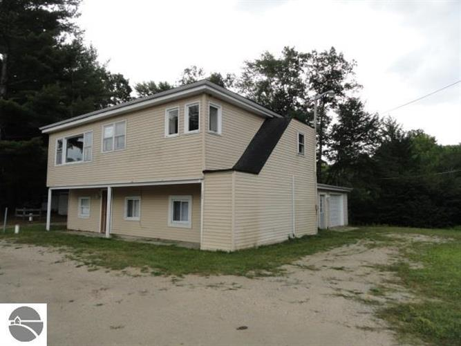 7408 Co Road 612, Kalkaska, MI 49646