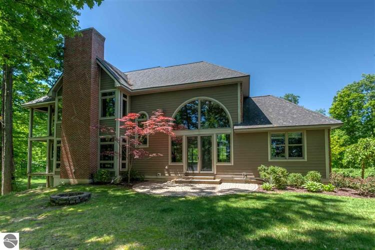 1577 Lavender Lane, Traverse City, MI 49686
