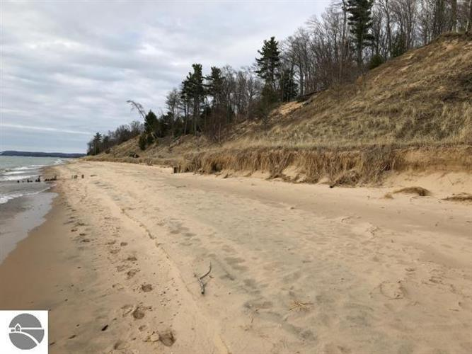 Lot 7 Lakeshore Road, Manistee, MI 49660
