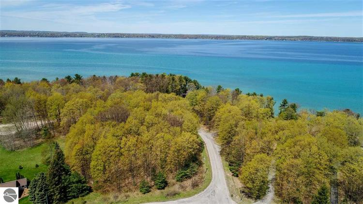 Bay Valley Drive, Williamsburg, MI 49690