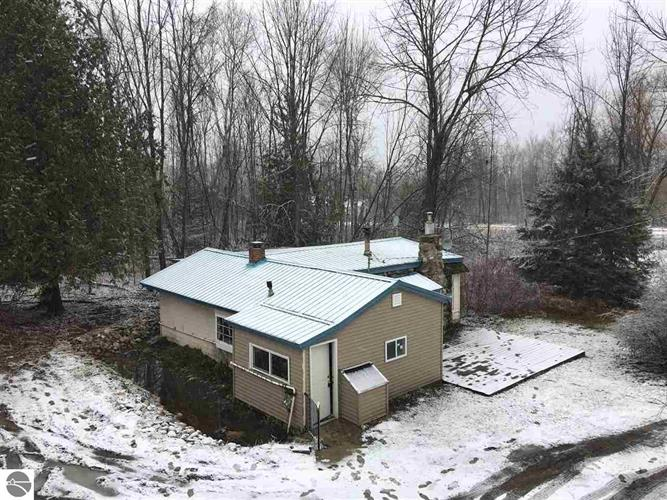 1700 Vanderlip Road, Traverse City, MI 49686 - Image 1