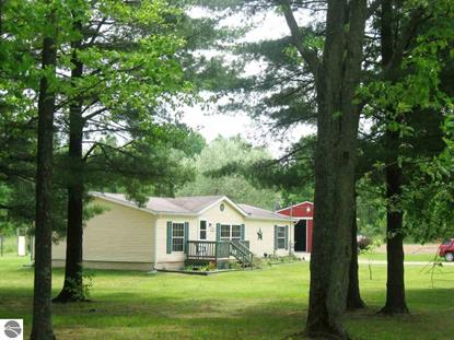5500 E North County Line Road , Edmore, MI