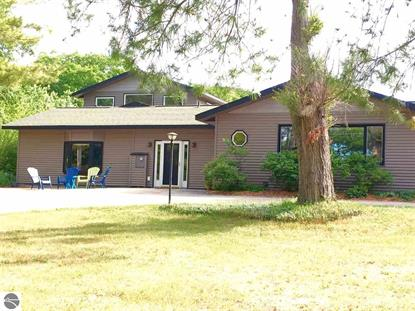 6854 w day forest road empire mi 49630 sold