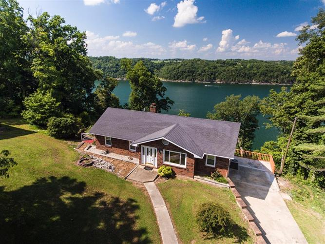 950 Green Hill Estates Road, Monticello, KY 42633