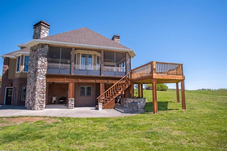 456 Wind Swept Lane, Russell Springs, KY 42642