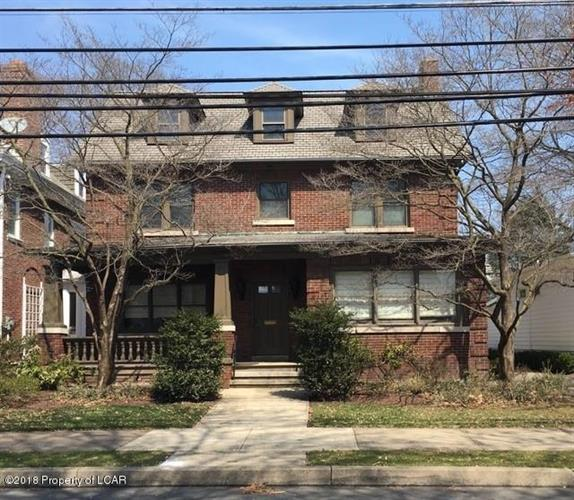 196 James St, Kingston, PA 18704