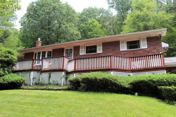 427 Old Mill Rd, Dallas, PA 18612 - Image 1