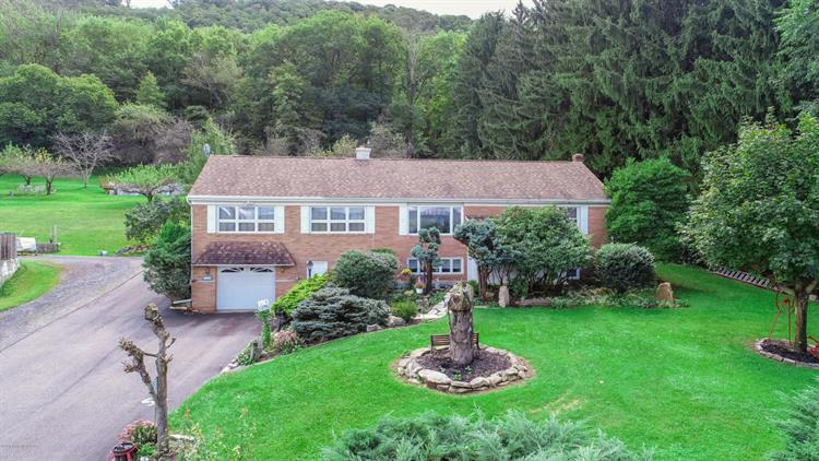 284 W Foothills Dr, Drums, PA 18222 - Image 1
