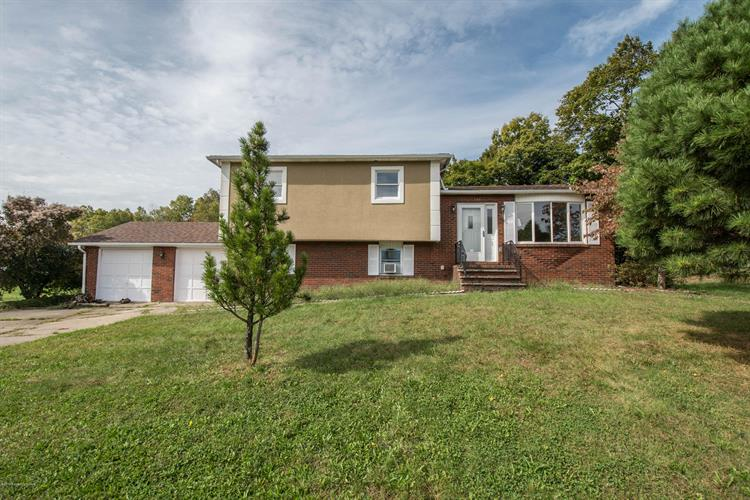 144 Constitution Avenue, Hanover Township, PA 18706 - Image 1