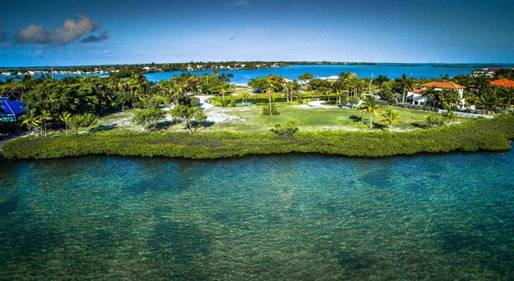 3 Tiburon Circle, Key West, FL 33040