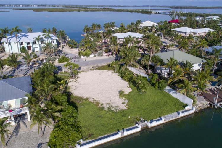 265 S Point Drive, Sugarloaf, FL 33042 - Image 1