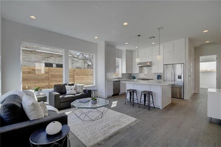 1209 1/2  Willow St  #A, Austin, TX 78702 - Image 1