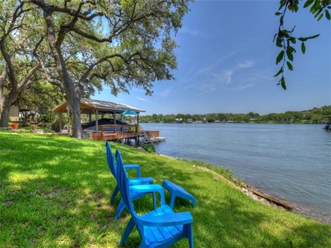 651  Sandy Mountain Dr, Sunrise Beach, TX 78643