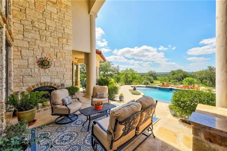 3208  Fall Creek Estates Dr, Spicewood, TX 78669