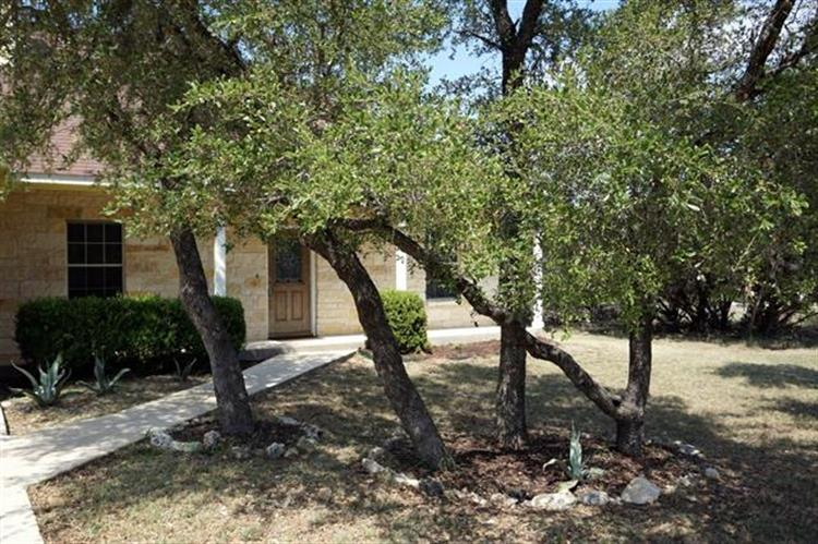 6  Old Mine Ct, Wimberley, TX 78676