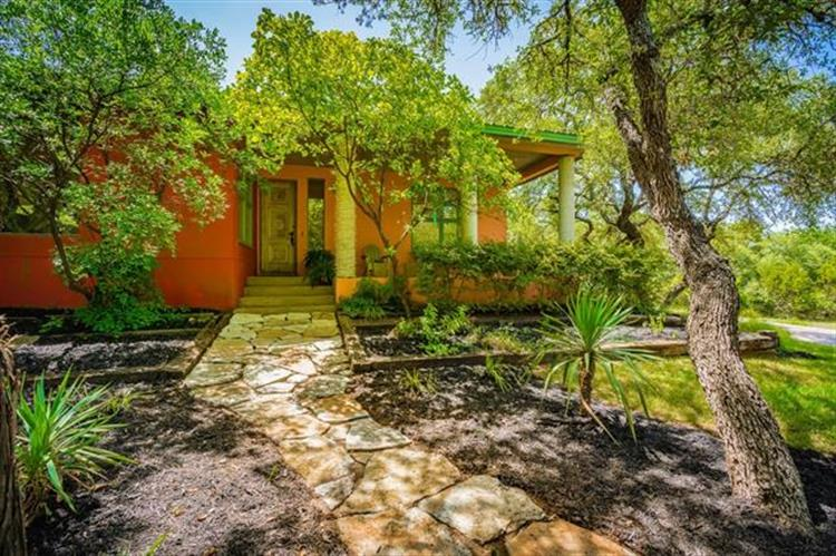 13412  Saddle Back Pass, Austin, TX 78738