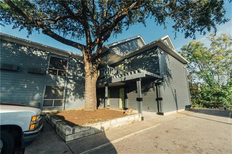 400  Kenniston Dr  #102, Austin, TX 78752 - Image 1