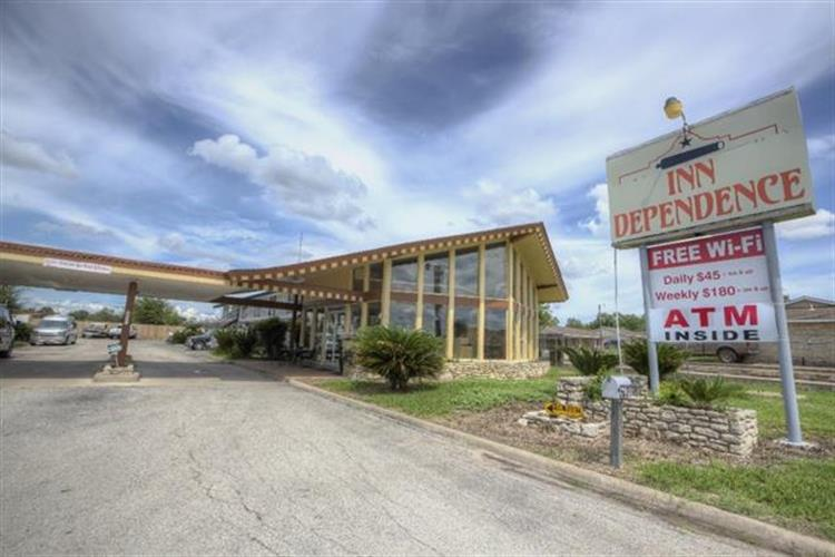 3307  US Hwy 90A  E, Gonzales, TX 78629 - Image 1