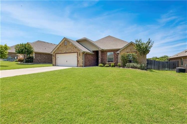 2509  Boxwood Dr, Harker Heights, TX 76548